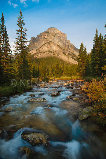 sunrise on thunder mountain and the lake fork of rock creek in the absaroka beartooth wilderness in montana