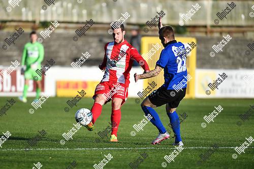 2016-11-27 / Voetbal / Seizoen 2016-2017 / Rupel-Boom - Hoogstraten VV / Eloy Smet (l. Hoogstraten) met Nick Spaenhoven<br /> <br /> ,Foto: Mpics.be