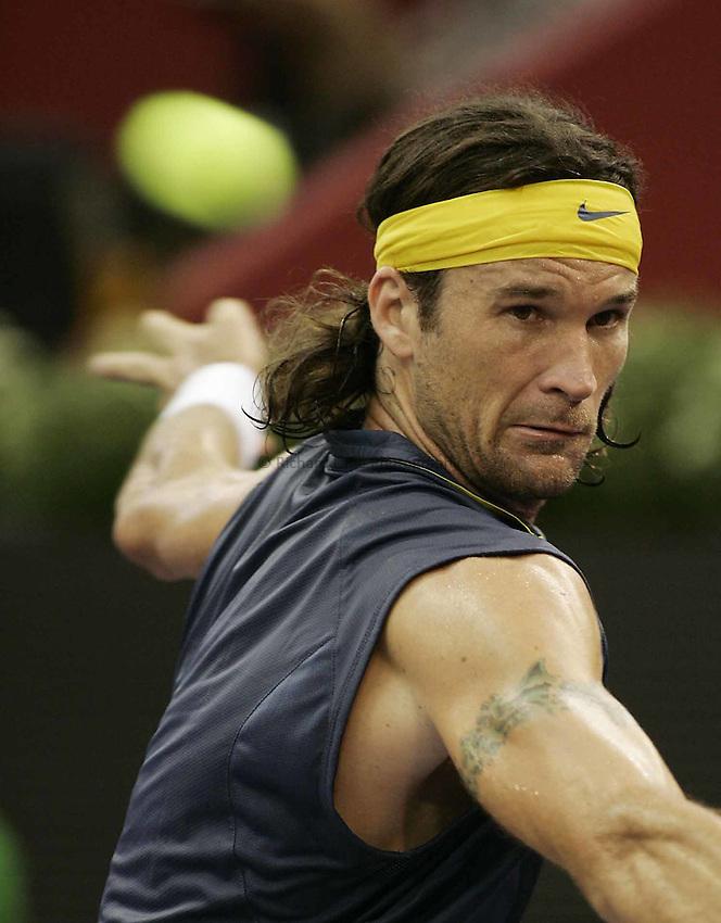 Photo: Barry Bland..Madrid Masters. .18/10/2005..Carlos Moya.