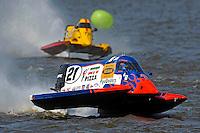 Jose Mendana, Jr. (#21) and Lynn Simberger (#72)   (Formula 1/F1/Champ class)