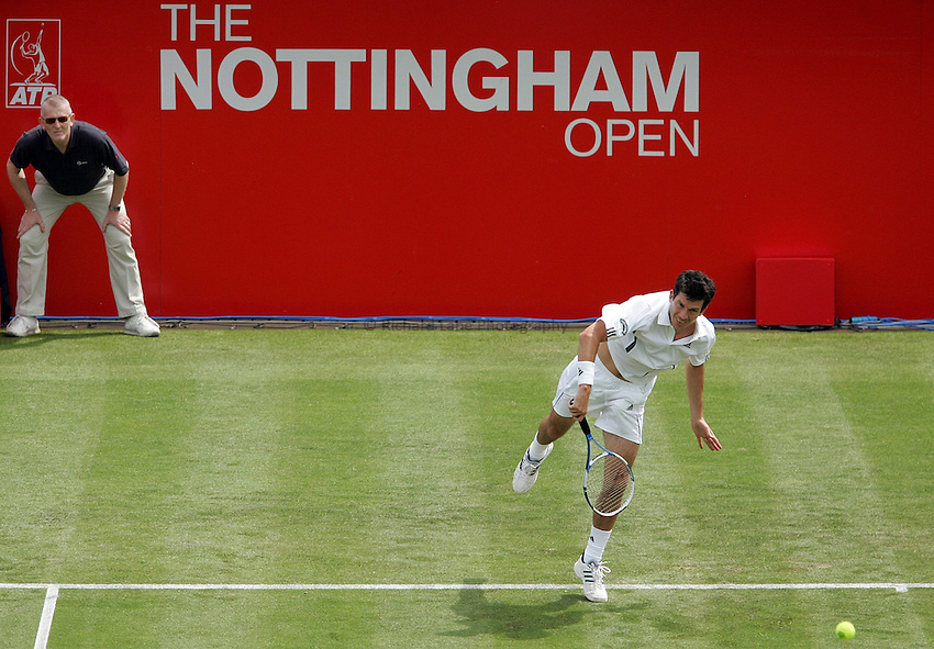 Photo: Paul Thomas..The Nottingham Open. ATP Tour 2007. 19/06/2007. ..Tim Henman of the UK during his win over Michael Russell.