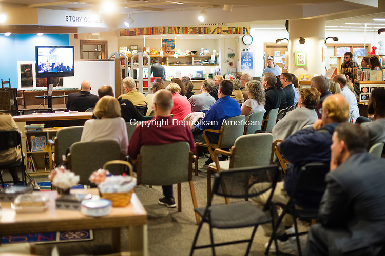 NAUGATUCK, CT- 20 October 2015-102015EC04-  A spill over crowd watches the Naugatuck debate through a Republican American live feed in a seperate room at the Howard Whittemore Memorial Library in Naugatuck. Erin Covey Republican-American