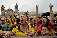 BOGOTA -COLOMBIA. 24-06-2014. Habitantes de la capital celebran el triunfo de la seleccion Colombia de futbol 4 goles por uno contra Japon en el mundial de futbol Brazil 2014. /citizens of the capital celebrated the triumph of the selection Colombia soccer 1- 3 goals against Japan in the World Cup Brazil 2014. Photo: VizzorImage/