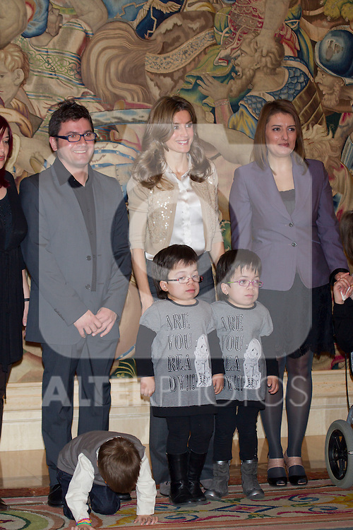 310111.MC.Psa de Asturias audiencia representacion de la asociacion de las mucopolisacaridosis y síndromes relacionados .310111.Pal Zarzuela. madrid. ..