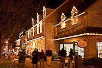 Christmas holiday shopping , Peddlers Village, Lahaska, Pennsylvania, PA, USA