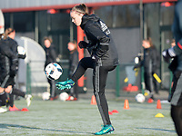 20170118 - TUBIZE , Belgium : Tine De Caigny pictured during a training session of the Belgian national women's soccer team Red Flames during their winter camp, on the 18 th of January in Tubize. PHOTO DIRK VUYLSTEKE | Sportpix.be