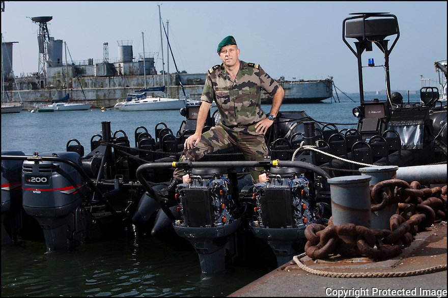 Juin 2010, Commandos Marine.<br /> CAPITAINE DE CORVETTE PATRICK ALBIERO,<br /> officier responsable de la logistique opérationnelle à l'état-major de la Forfusco de Lorient.