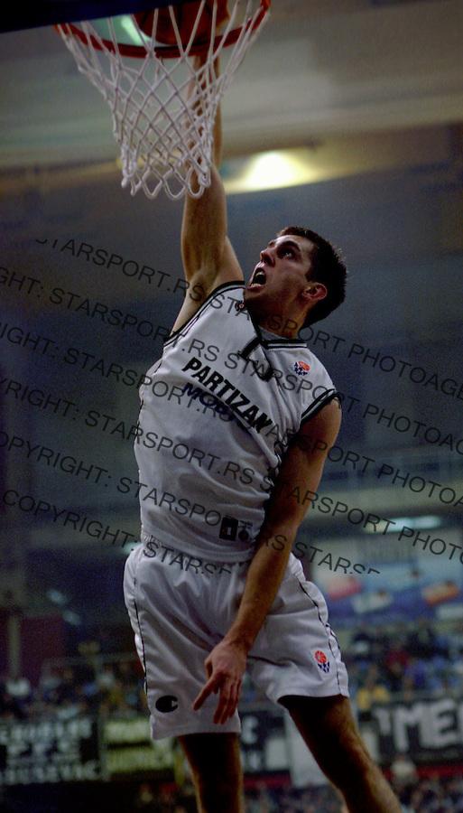 Kosarka.Partizan Vs. Wroclaw (Poland), Euroleague.Milos Vujanic.Beograd, 2003.foto: Srdjan Stevanovic ©