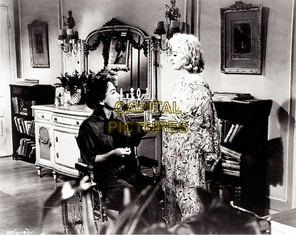 JOAN CRAWFORD & BETTE DAVIS.in What Ever Happened to Baby Jane? .*Filmstill - Editorial Use Only*.CAP/PLF.Supplied by Capital Pictures.