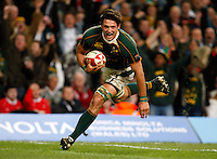Photo: Richard Lane/Richard Lane Photography..Wales v South Africa. Prince William Cup. 24/11/2007. .South Africa's Ryan Kankowski runs in for a try.