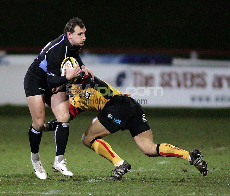 PICTURE BY VAUGHN RIDLEY/SWPIX.COM - Rugby Union - Magners League - Glasgow v Dragons - Firhill, Glasgow, Scotland - 04/01/08...Copyright - Simon Wilkinson - 07811267706..Glasgow's Colin Shaw.