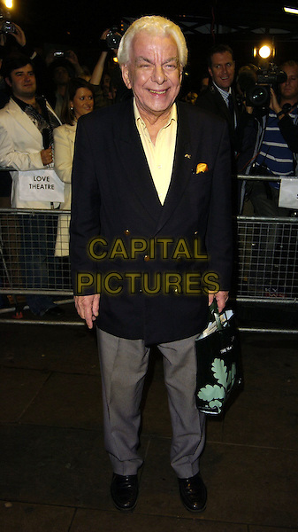 "BARRIE CRYER.Attends ""Monty Python's Spamalot"" VIP Gala Night, .Palace Theatre, London, England, October 17th 2006..full length barry.Ref: CAN.www.capitalpictures.com.sales@capitalpictures.com.©Can Nguyen/Capital Pictures"