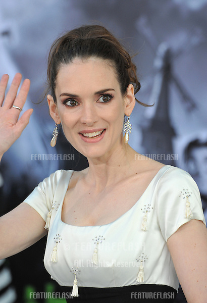 """Winona Ryder at the premiere of her movie """"Frankenweenie"""" at the El Capitan Theatre, Hollywood..September 24, 2012  Los Angeles, CA.Picture: Paul Smith / Featureflash"""