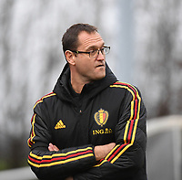 20181205 - TUBIZE , BELGIUM : Belgian coach Xavier Donnay pictured during the friendly female soccer match between Women under 15 teams of  Belgium and Gemany , in Tubize , Belgium . Wednesday 5 th December 2018 . PHOTO SPORTPIX.BE / DIRK VUYLSTEKE