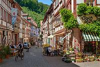 Germany; Bavaria; Lower Franconia; Miltenberg: restaurants; cafés and half-timbered houses in main street | Deutschland; Bayern; Franken (Unterfranken); Miltenberg: Restaurants; Cafés und viele Fachwerkhaeuser in der Hauptstrasse