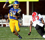 BROOKINGS, SD - OCTOBER 25:  Zach Zenner #31 from South Dakota State University makes a move past Nate Dortch #27 from Youngstown State in the second quarter of their game Saturday afternoon at Coughlin Alumni Stadium in Brookings. (Photo by Dave Eggen/Inertia)