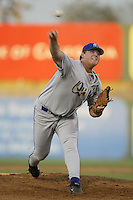 July 24, 2002: Bobby Jenks of the Rancho Cucamonga Quakes in action against the Lancaster JetHawks at Clear Channel Stadium in Lancaster,CA.  Photo by Larry Goren/Four Seam Images