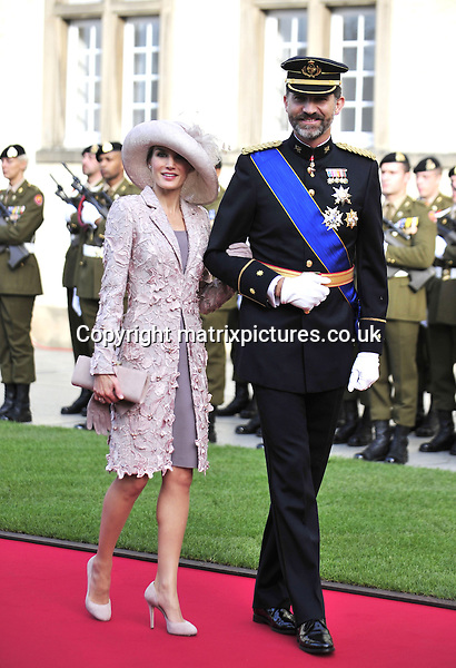 NON EXCLUSIVE PICTURE: MATRIXPICTURES.CO.UK.PLEASE CREDIT ALL USES..UK, AUSTRALIA, NEW ZEALAND AND ASIA RIGHTS ONLY..The wedding of Prince Guillaume, the heir to the throne of Luxembourg - the grand duke-to-be - and Belgian Countess Stephanie de Lannoy took place at the Cathedral of our Lady of Luxembourg.. .OCTOBER 20th 2012..REF: KDN 124737..LCA