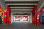 Blick ins Stadion durch einen Tribuenenzugang, <br /> <br /> Sport: Fussball: 1. Bundesliga:: nphgm001:  Saison 19/20: 33. Spieltag: 1. FSV Mainz 05 vs SV Werder Bremen 20.06.2020<br /> Foto: Neis/Eibner/Pool/via gumzmedia/nordphoto<br /><br />DFB regulations prohibit any use of photographs as image sequences and/or quasi-video.<br />Editorial Use ONLY<br />National and International News Agencies OUT<br />  DFL REGULATIONS PROHIBIT ANY USE OF PHOTOGRAPHS AS IMAGE SEQUENCES AND OR QUASI VIDEO<br /> EDITORIAL USE ONLY<br /> NATIONAL AND INTERNATIONAL NEWS AGENCIES OUT