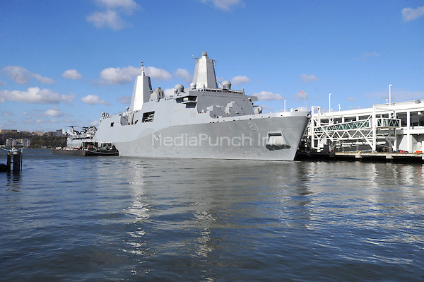 The USS New York, the Navy's newest ship made of 7.5 tons of World Trade Center steel, makes it's way to Pier 88 in New York City. November 2, 2009.. Credit: Dennis Van Tine/MediaPunch