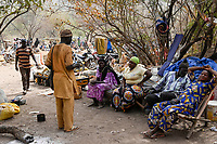 MALI, Kayes, Sadiola, artisanal gold mining Camp SIRIMANA / Klein-Goldbergbau