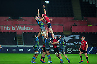 Billy Holland of Munster claims the lineout during the Heineken Champions Cup Round 1 match between the Ospreys and Munster at the Liberty Stadium in Swansea, Wales, UK. Saturday 16th November 2019