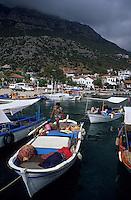 Europe/Turquie/Kas : Bateaux de pêche sur le port