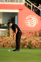 Patrick Cantaly (USA) on the 18th green during the 3rd round at the WGC HSBC Champions 2018, Sheshan Golf CLub, Shanghai, China. 27/10/2018.<br /> Picture Fran Caffrey / Golffile.ie<br /> <br /> All photo usage must carry mandatory copyright credit (&copy; Golffile | Fran Caffrey)