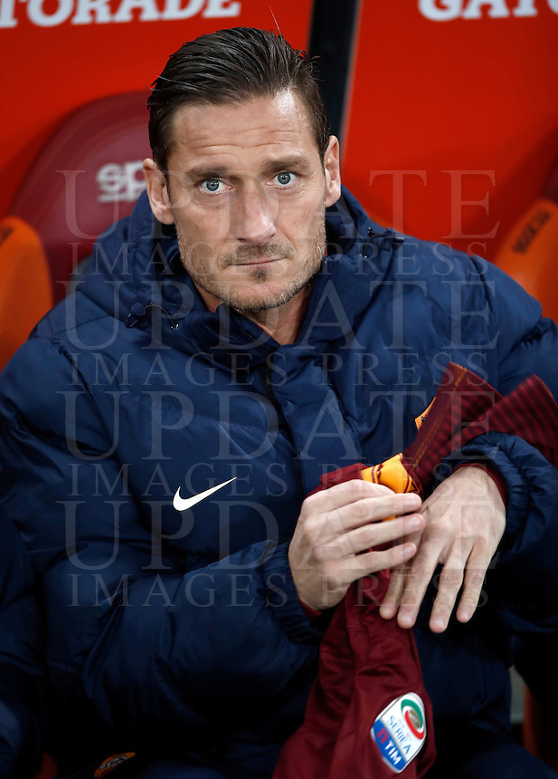 Calcio, Serie A: Roma, Stadio Olimpico, 7 febbraio 2017.<br /> Roma's Francesco Totti waits for the start of the Italian Serie A football match between AS Roma and Fiorentina at Roma's Olympic Stadium, on February 7, 2017.<br /> UPDATE IMAGES PRESS/Isabella Bonotto