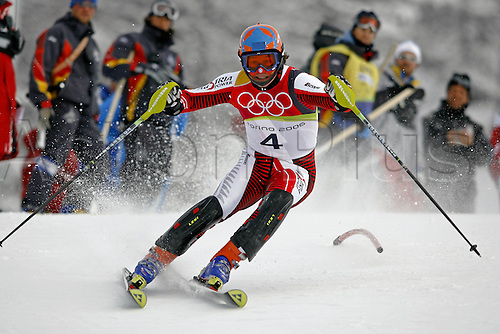 25 February 2006: Austrian skier Rainer Schoenfelder (AUT) during the first run the men's slalom in Sestriere at the 2006 Turin Winter Olympics. Rainer Schoenfelder finished in third position over all Photo: Neil Tingle/actionplus....olympics 060225 torino games skiing man men