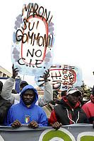 Roma, 17 Ottobre 2009.Manifestazione nazionale contro razzismo e discriminazione, per la sanatoria.National demonstration against racism and discrimination