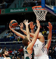 21/02/2014<br /> EUROLEAGUE BASKETBALL<br /> REAL MADRID - ZALGIRIS<br /> 15 JAVTOKAS Center (ZALGIRIS)<br /> 13 JANKUNAS P.Forward (ZALGIRIS)<br /> 30 IOANNIS BOUROUSIS Center (REAL MADRID)