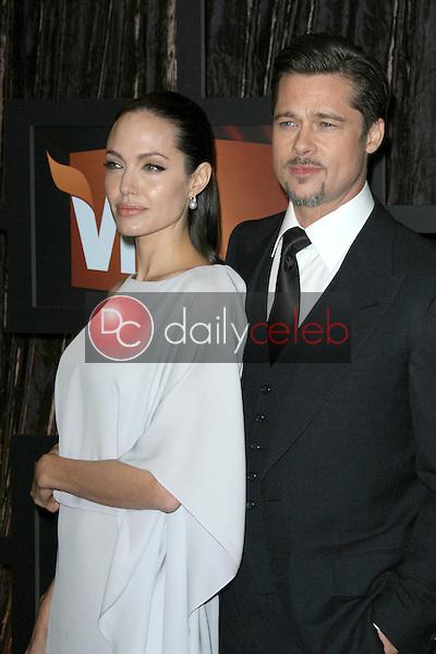 Angelina Jolie and Brad Pitt<br />at VH1's 14th Annual Critic's Choice Awards. Santa Monica Civic Auditorium, Santa Monica, CA. 01-08-09<br />Dave Edwards/DailyCeleb.com 818-249-4998