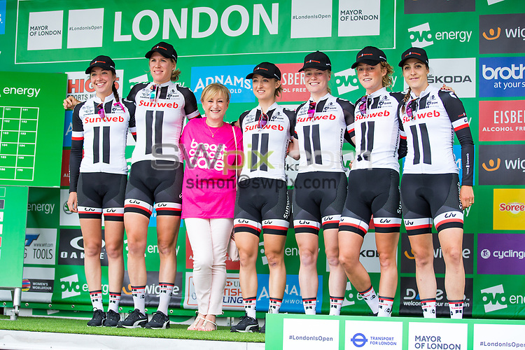 Picture by Alex Whitehead/SWpix.com - 11/06/2017 - Cycling - OVO Energy Women's Tour - Stage 5: The London Stage - Sunweb
