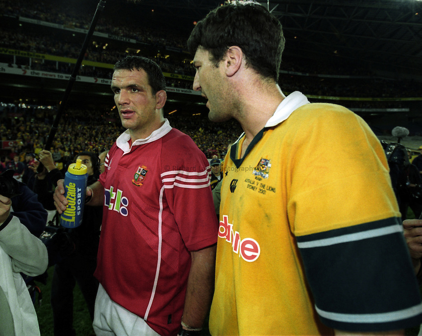Photo. Richard Lane. .Australia v Bristish and Irish Lions. Lions Tour 2001 to Australia. Third Test at the Stadium Australia, Sydney, Australia. 14/7/2001.Captains, Martin Johnson and John Eales.