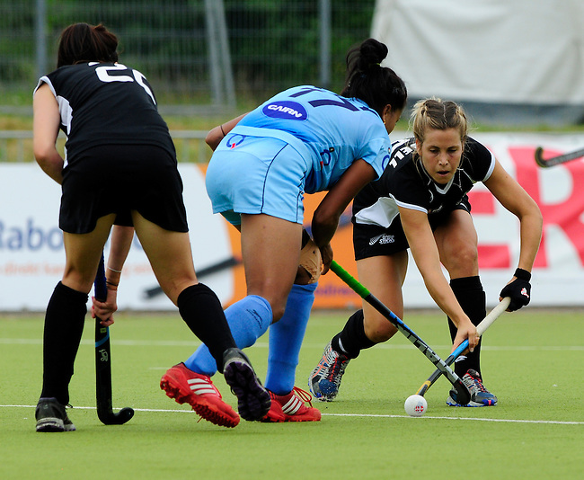 MOENCHENGLADBACH, GERMANY - JULY 28: Match between New Zealand (black) and India (blue) in Pool C during the Hockey Junior World Cup at the Warsteiner HockeyPark on July 28, 2013 in Moenchengladbach, Germany. Final score 0-2. (Photo by Dirk Markgraf/www.265-images.com) *** Local caption ***