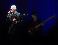 Leonard Cohen, singing at Alges, Portugal, july, 19, 2008.