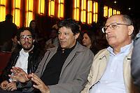 SAO PAULO, SP, 02 DE JUNHO 2013 - (E/D) O Deputado Federal Jean Willys, o prefeito de Sao Paulo Fernando Haddad e o governador de São Paulo Geraldo Alckmin durante coletiva de imprensa da Parada LGBT 2013 na sede da Fecomercio em São Paulo, neste domingo, 02. (FOTO: PADUARDO / BRAZIL PHOTO PRESS).