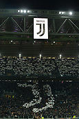 9th December 2017, Allianz Stadium, Turin, Italy; Serie A football, Juventus versus Inter Milan; Juventus supporters welcome the teams on the pitch