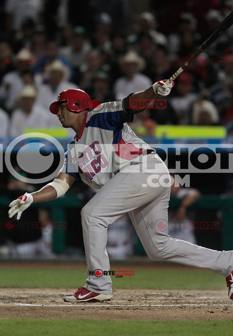 Jorge Padilla.durante  la Serie del Caribe 2013  de Beisbol,  Mexico  vs Puerto Rico,  en el estadio Sonora el 1 de febrero de 2013 en Hermosillo.....©(foto:Baldemar de los Llanos/NortePhoto)........During the game of the Caribbean series of Baseball 2013 between Mexico  vs Puerto Rico. .©(foto:Baldemar de los Llanos/NortePhoto)..http://mlb.mlb.com/mlb/events/winterleagues/league.jsp?league=cse