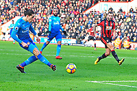 Hector Bellerin of Arsenal scores the first goal during AFC Bournemouth vs Arsenal, Premier League Football at the Vitality Stadium on 14th January 2018