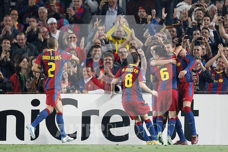 Barcelona's Pique goal during Champions League match on April, 6th 2011...Photo: Cesar Cebolla / ALFAQUI