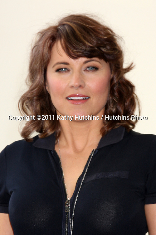 SAN DIEGO - JUL 22:  Lucy Lawless at the 2011 Comic-Con Convention - Day 2 at San Diego Convetion Center on July 22, 2010 in San DIego, CA.