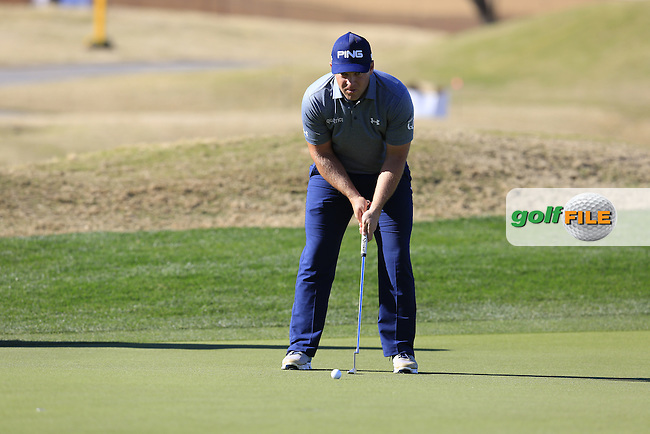 Daniel Summerhays (USA) lines up his putt on the 18th green during Saturday's Round 3 of the 2017 CareerBuilder Challenge held at PGA West, La Quinta, Palm Springs, California, USA.<br /> 21st January 2017.<br /> Picture: Eoin Clarke | Golffile<br /> <br /> <br /> All photos usage must carry mandatory copyright credit (&copy; Golffile | Eoin Clarke)