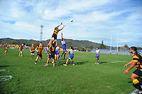 A general view of lineout action during the Wellington Club Rugby Hardham Cup final between Northern United and Wellington RFC at Hutt Recreation Ground, Lower Hutt, Wellington, New Zealand on Sunday, 4 August 2013. Photo: Dave Lintott / lintottphoto.co.nz