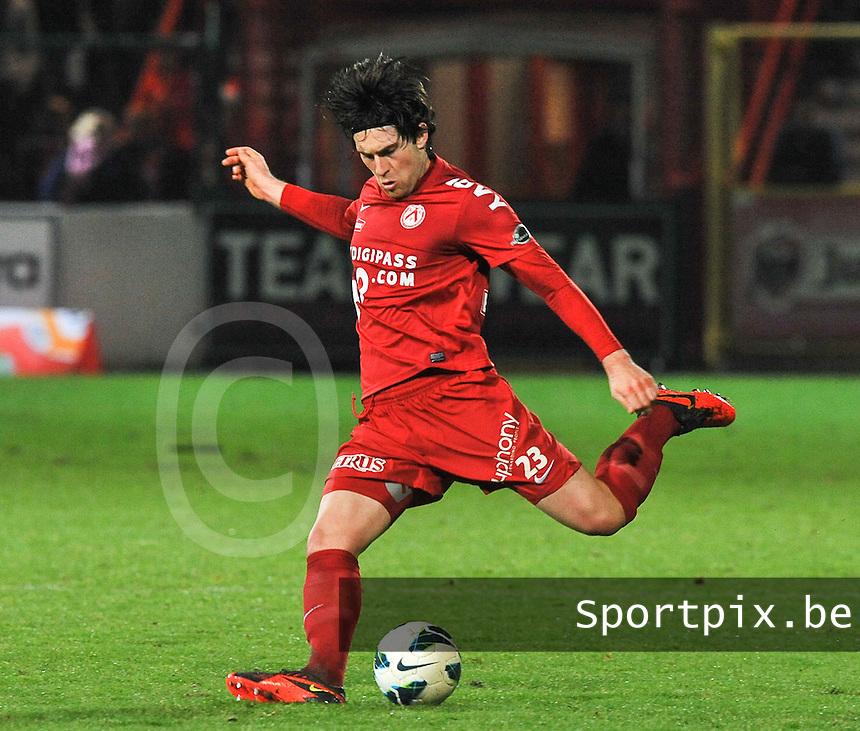 KV Kortrijk : Ervin Zukanovic.foto VDB / BART VANDENBROUCKE