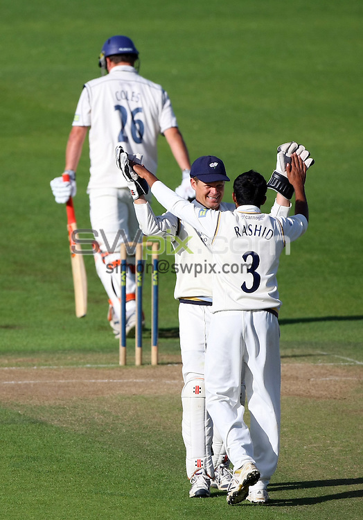 PICTURE BY VAUGHN RIDLEY/SWPIX.COM - Cricket - County Championship - Yorkshire v Kent, Day 2 - Headingley, Leeds, England - 14/09/10...Copyright - Simon Wilkinson - 07811267706...Yorkshire's Adil Rashid and Gerard Brophy celebrate the wicket of Kent's Rob Key (wearing #26).