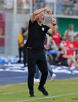Trainer Mark Zimmermann gesture,     <br /> / Sport / Football / DFB Pokal 1.round 3. Bundesliga 2.Bundesliga /  2018/2019 / 19.08.2018 / FC CZ Jena vs. 1.FC Union Berlin / DFL regulations prohibit any use of photographs as image sequences and/or quasi-video. /<br />       <br />    <br />  *** Local Caption *** &copy; pixathlon<br /> Contact: +49-40-22 63 02 60 , info@pixathlon.de