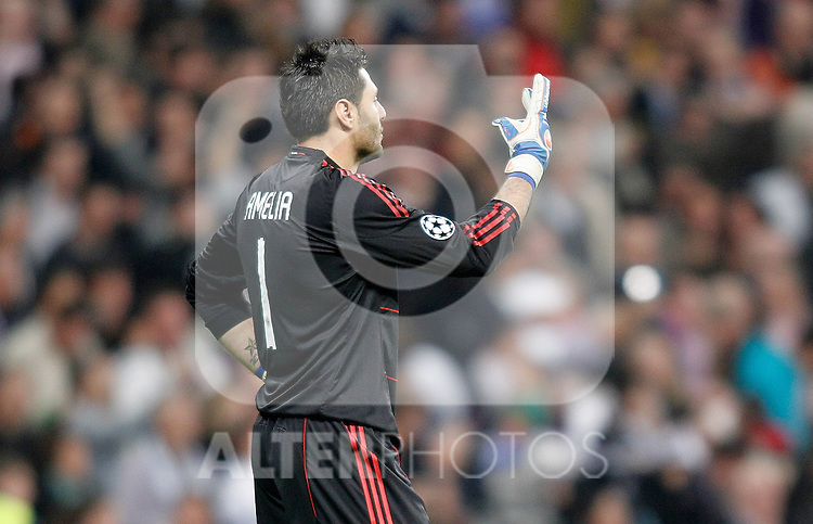 Milan's Marco Amelia reacts during UEFA Champions League match. October 19, 2010. (ALTERPHOTOS/Alvaro Hernandez)