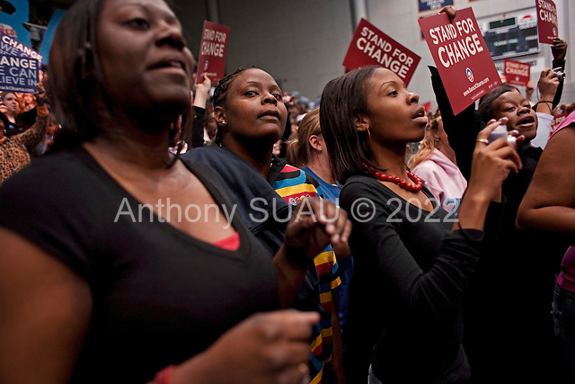 Greenwood, South Carolina.January 22, 2008 ..Supports wait for Presidential hopeful Sen. Barack Obama (D-IL) before he enters a campaign rally at Lander University. Obama is campaigning through the state ahead of its Democratic primary on January 26..